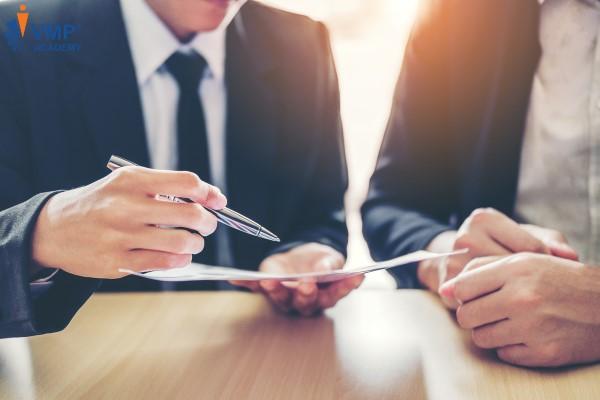 """Tìm sự đồng thuận của Nhân viên về """"giao điểm"""" đã xem xét để lập lộ trình công danh"""